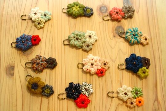 冬にぴったり♡毛糸で作るふかふかアクセサリーアイデア♪