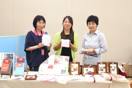 左から千葉さん、濵田さん、皆川さん